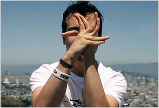 Танец с помощью пальцев и кистей рук